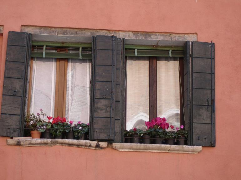 Flowers on the windows - Venice