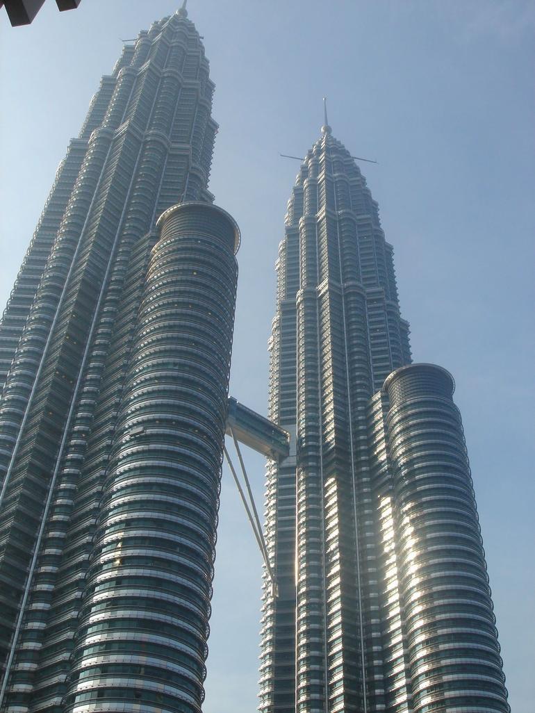 Petronas Twin Towers by day - Kuala Lumpur