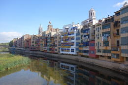 A pretty sight of Girona by the river , kellyxian00 - September 2013