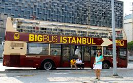 that's the Bus that we hop on hop off to see Istanbul in a day. , ZENAIDA P. G - August 2014