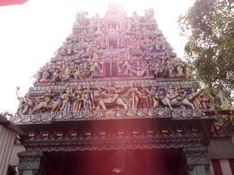 Singapor Hop-on-and-off Tour: Hindu Temple , Ayama - March 2017