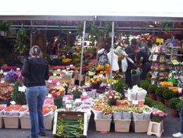 Floating Flower Market on Singel., Cara Rose R - April 2009