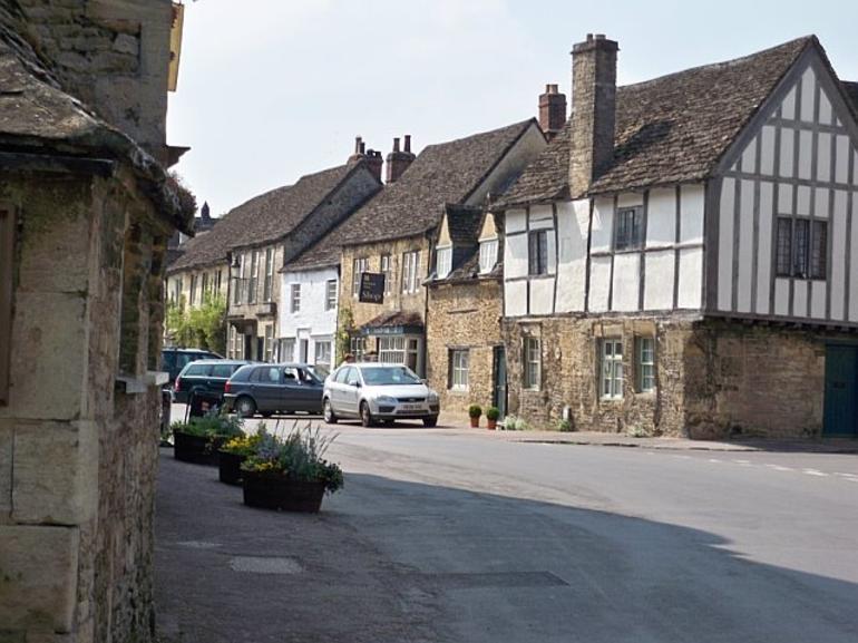 Lacock Village - London