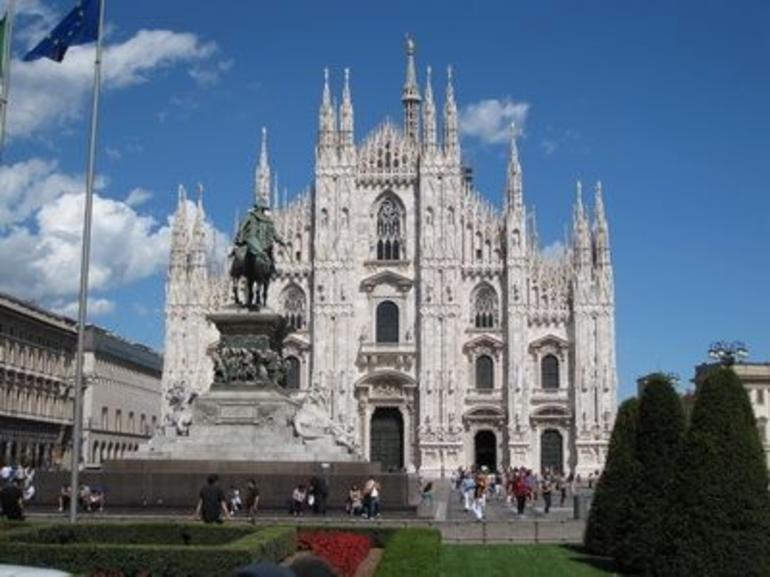 Duomo Cathedral. - Milan