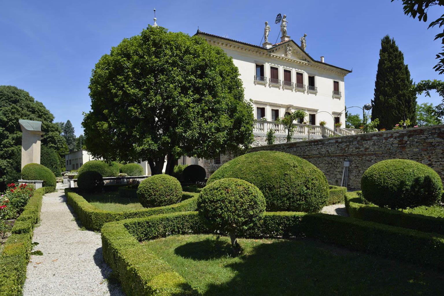 MAIS FOTOS, Villa Valmarana ai Nani in Vicenza - Entrance Ticket