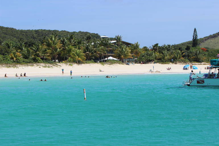 Another Flamenco Beach View - San Juan