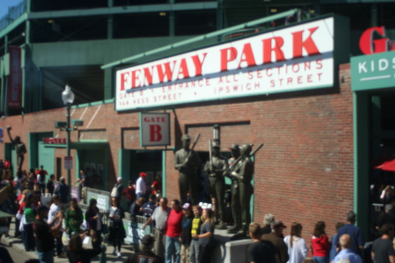 Boston Sightseeing Trolley Tour with 1 Stop