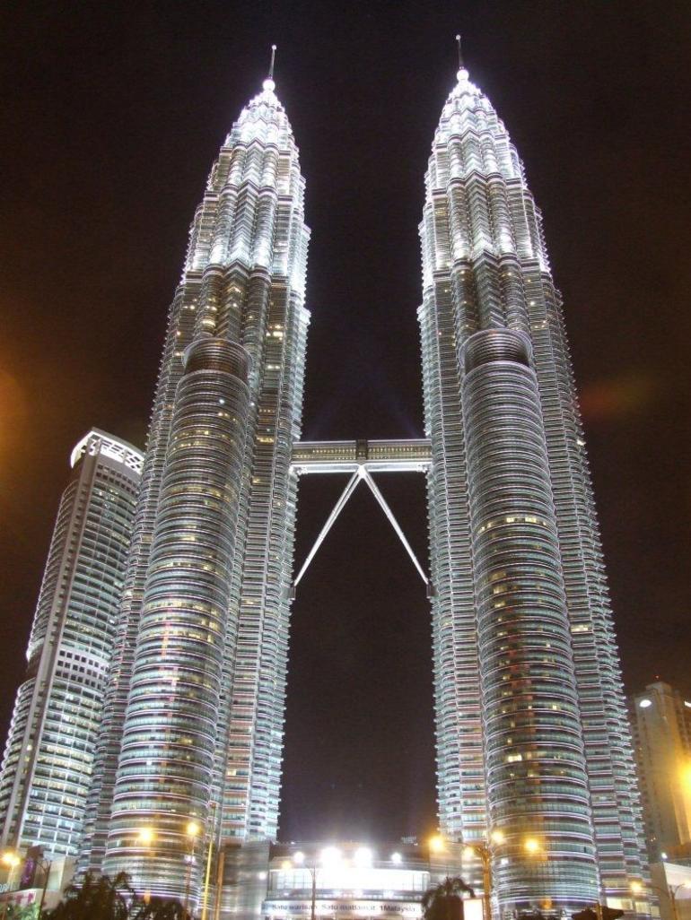 Petrona Towers at night - Kuala Lumpur