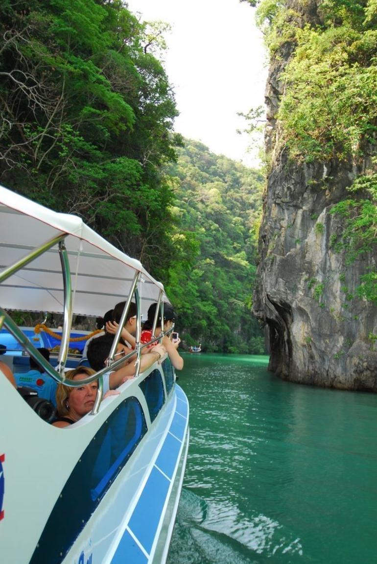 Krabi by Speedboat - Phuket