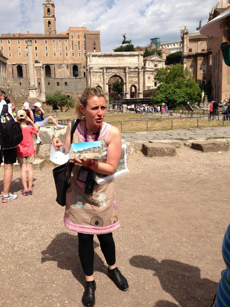 Tour guide Sarah - Rome