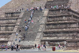 People climbing up the Pyramid of the Moon!, Bandit - September 2012