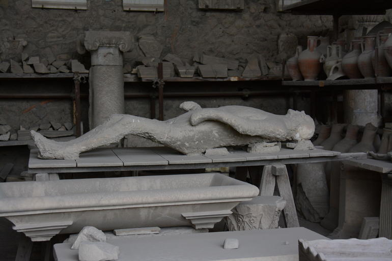 Victim of the Pompeii destruction. - Rome