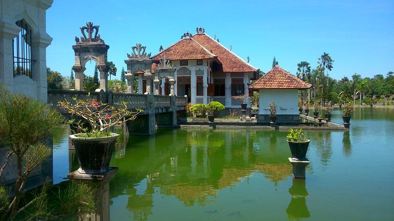 Royal Karangasem Heritage Tour photo 27