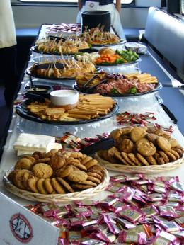 We had a nice table of snacks before the dinner service. - May 2008