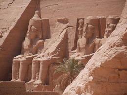 Massive statues of Rameses II , P R F - April 2017