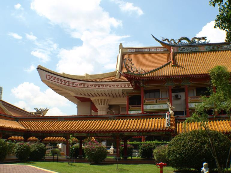 Bright Hill Temple - Singapore
