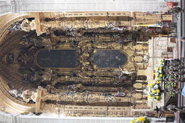 Altar inside the main Cathedral in Mexico City., Bandit - September 2012