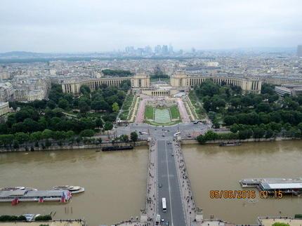 Eiffel incluant l abri souterrain du champ de mars 224 paris viator