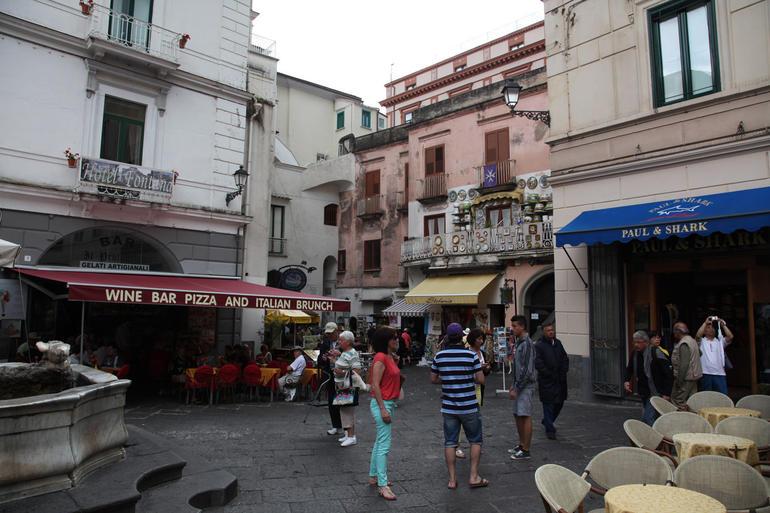 Amalfi Piazza - Naples