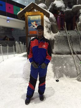 its taken inside ski dubai enjoyed not less than 3 hrs inside the snow poark , Rosario - May 2015