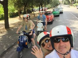 Our group and the Fiat 500s , Chris K - August 2016