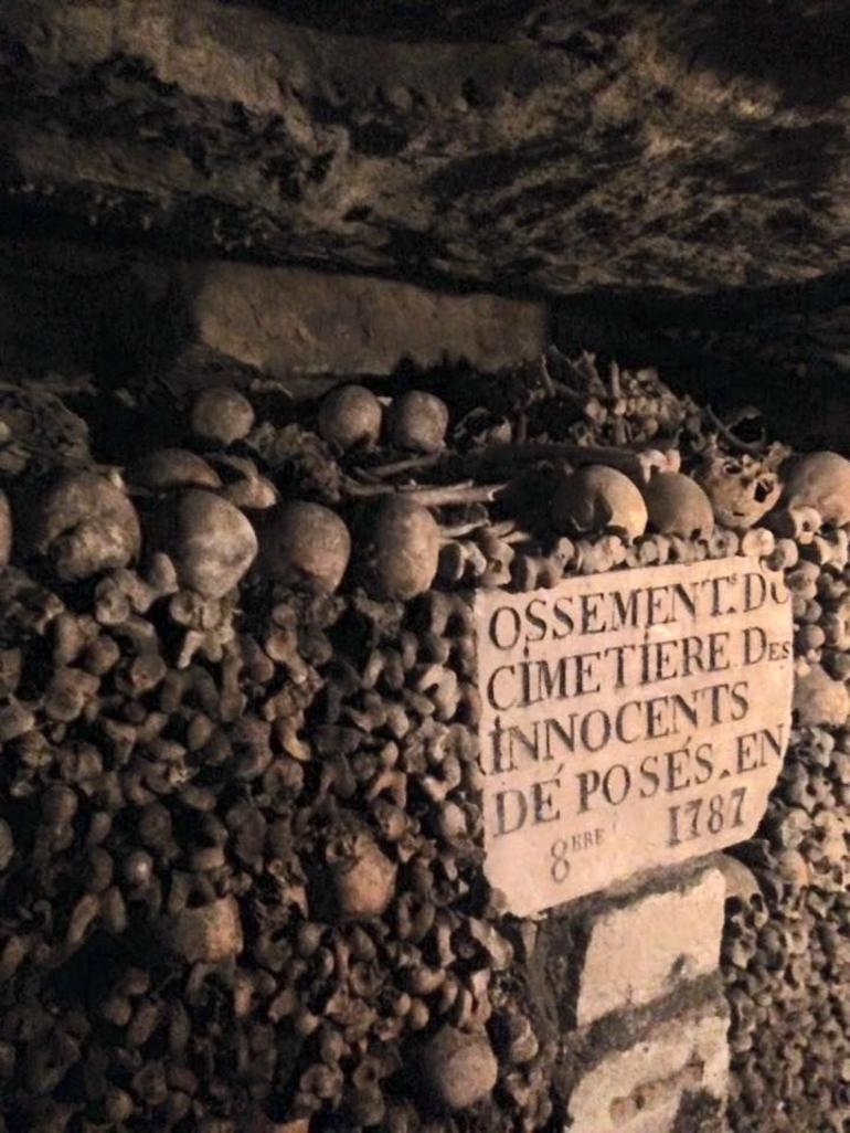 Catacombs Skip-the-Line Guided Tour photo 11