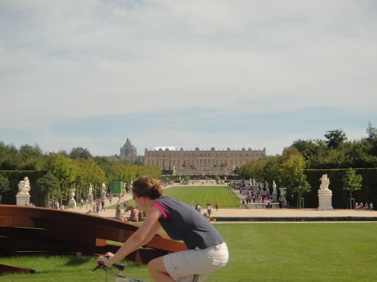 Approching Versailles - Paris