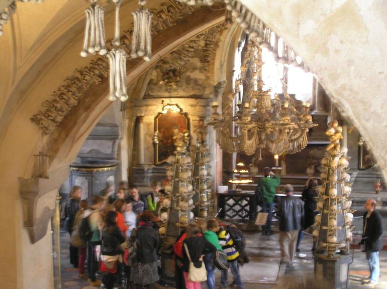 Benkyrkan i Kutna Hora - Prague