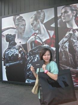 My sister goes to her favourite Prada & Gucci outlets., Hui C - June 2009