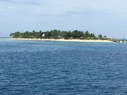 Tivua island , Malcolm H - October 2016