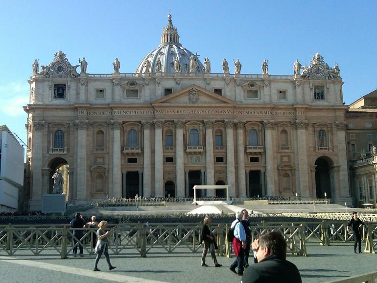 Skip the Line: Vatican Museums Tickets - Rome