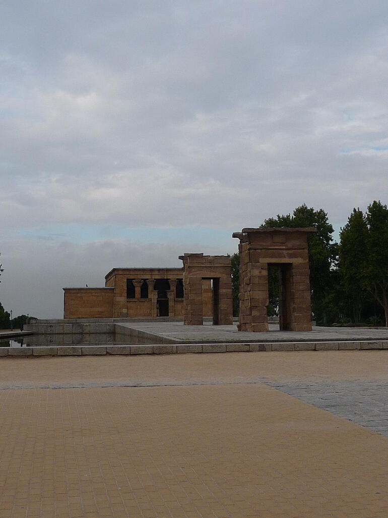Egyptian temple Madrid -