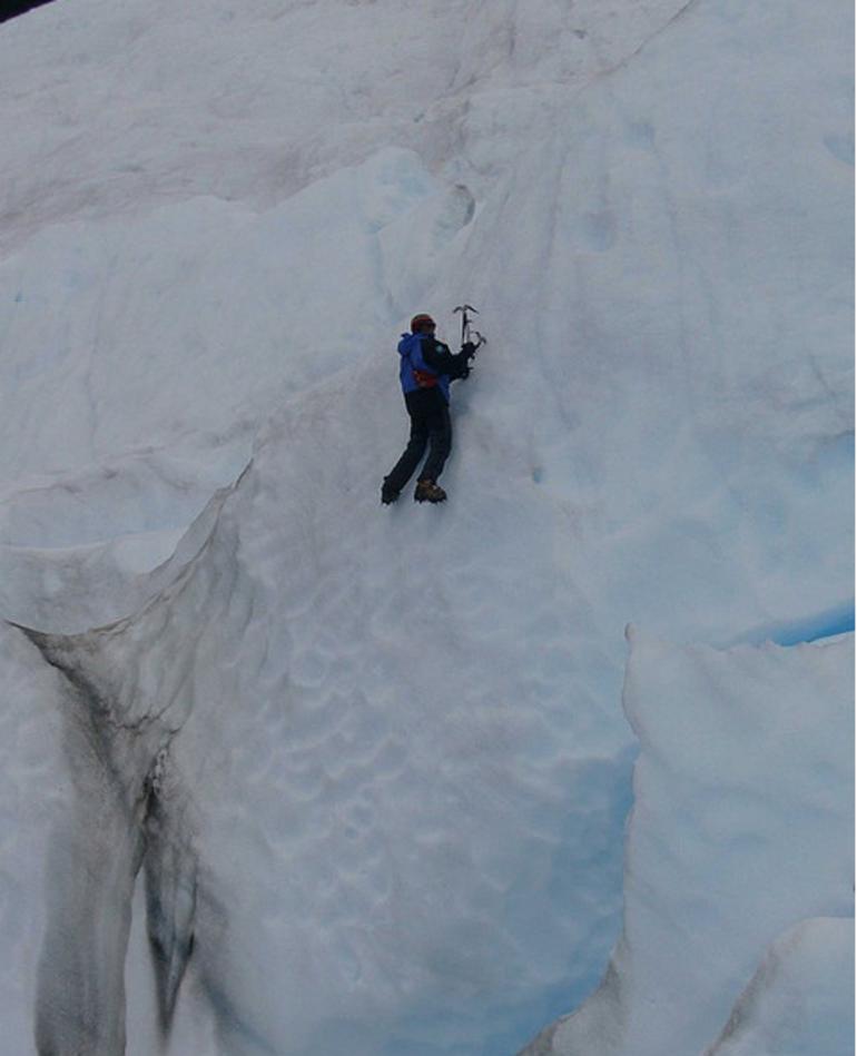Ice Climber Perito Moreno - El Calafate