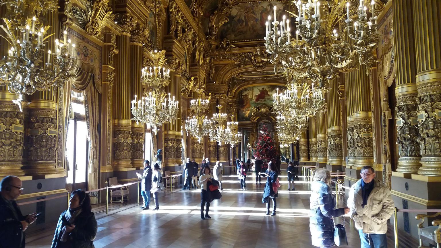 MAIS FOTOS, Excursão em Paris pelos tesouros da Ópera Garnier