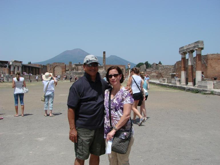 Pompeii Town Square - Naples
