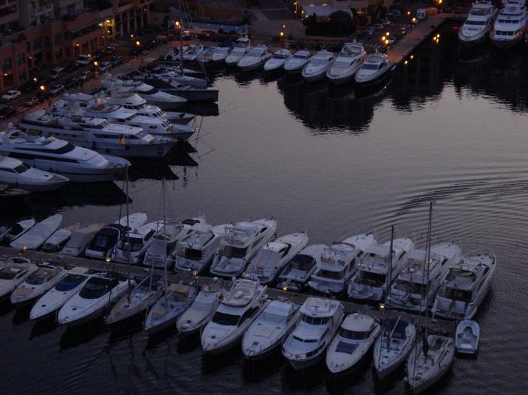 Yacht Parking / Port -- Monaco - Nice