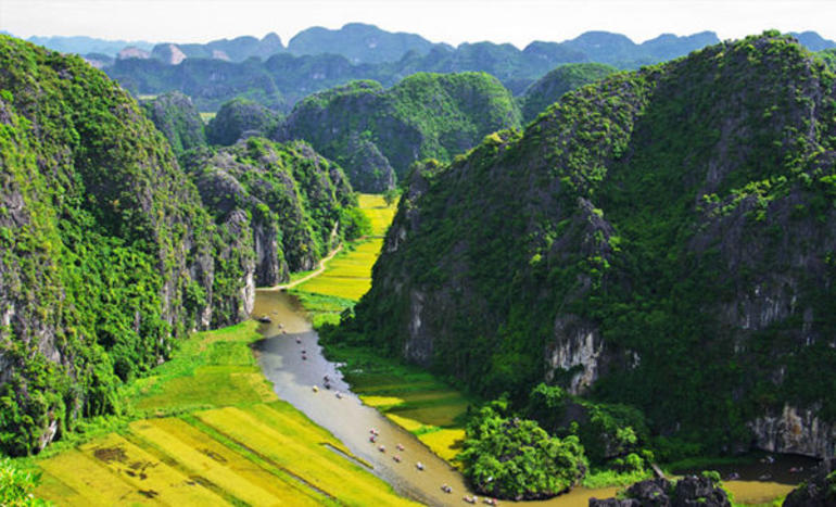 Hoa Lu Tam Coc Full-Day DELUXE Tour Including BUFFET LUNCH & River Boat Ride photo 41