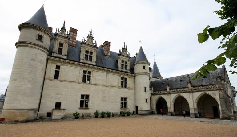 Amboise chateau - Paris