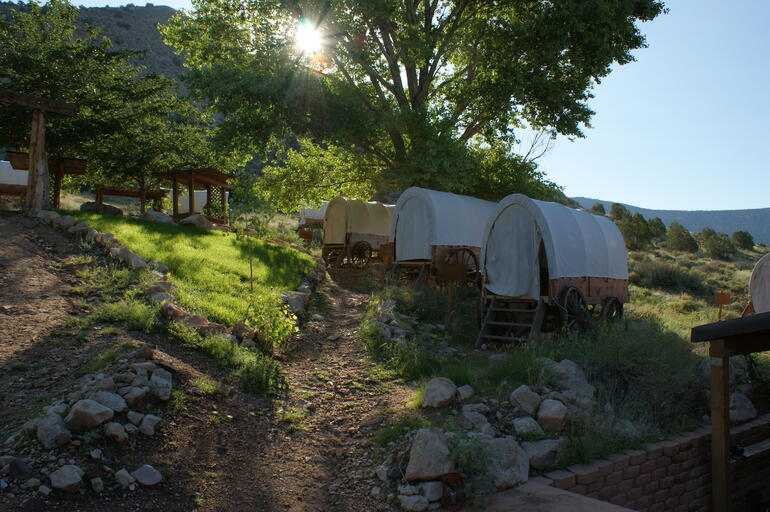 Bar 10 Ranch Covered Wagon under the stars - Las Vegas