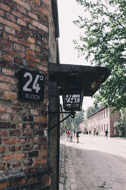 Block nr 24 in Auschwitz , causje - August 2015