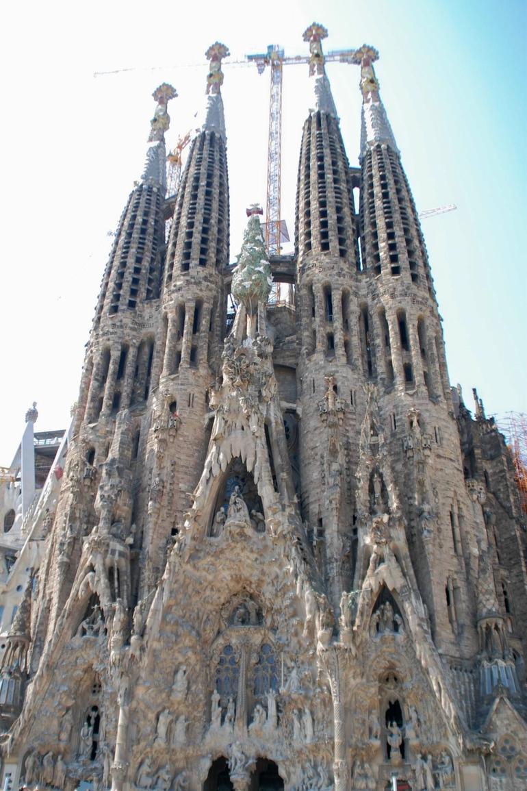 Barcelona Hop on Hop off - Viator Bus Tour - Barcelona