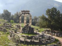 Classical Greece: Apollo temple ruin - May 2011