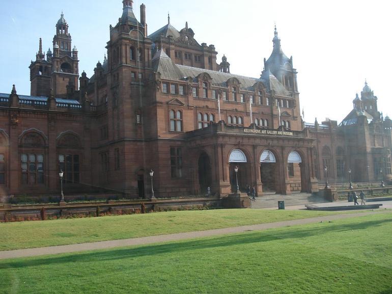 Kelingrove Museum - Glasgow