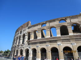 I took the photo standing in front of the Colosseum! , Cynthia P - October 2016