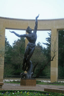 Statue , Benjamin S - January 2011