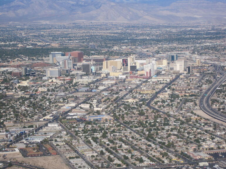 Las Vegas from the air! - Las Vegas