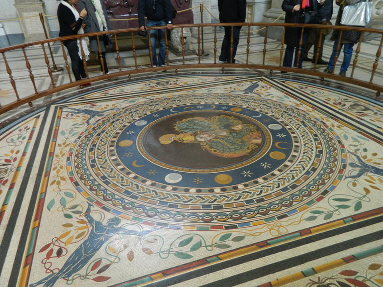 Mosaic inside the Vatican museum - Rome