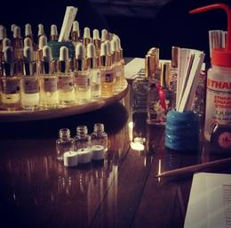 Perfume workshop , Amna A - October 2013