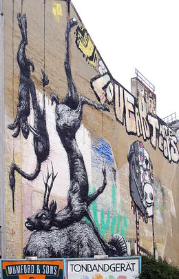 Streetart in Berlin , C S - May 2015
