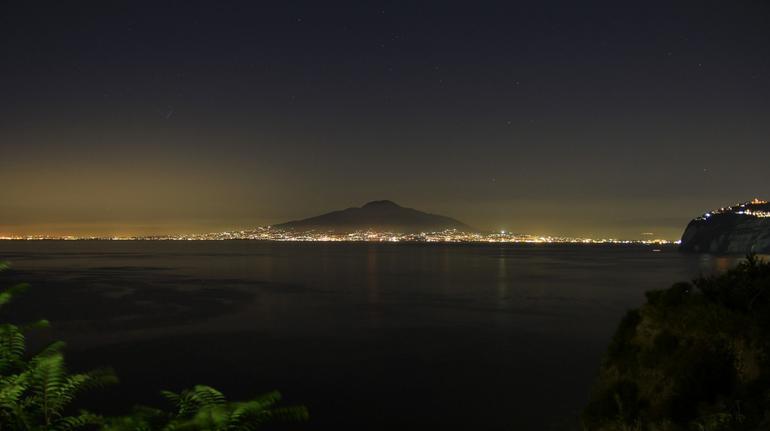The Vesubio at night - Rome